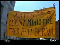 Les intermittents du spectacle accueillent le ministre de la culture