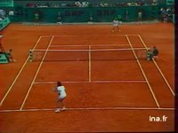 Tennis. Internationaux de France : Roland Garros. Finale messieurs Borg-Pecci