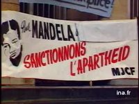 Manifestation anti apartheid à Moulins