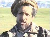Massoud interviewé à la frontière du Tadjikistan