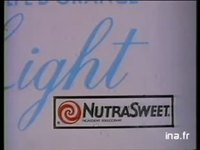 NUTRASWEET : EDULCORANT DE SYNTHESE GAMME