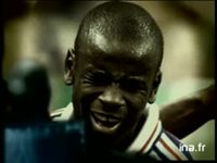 Opel champions du monde : Lilian Thuram Astra : version 25 secondes
